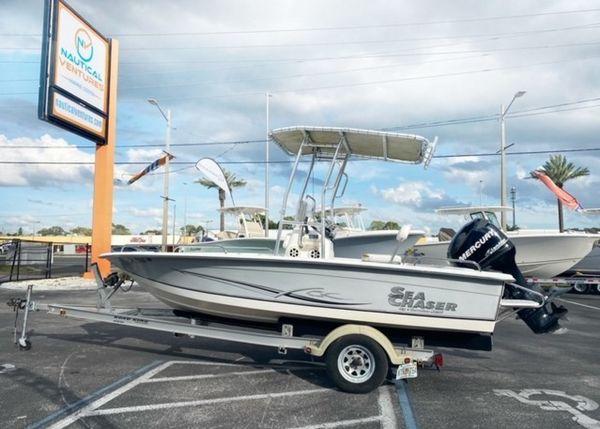 Used Carolina Skiff 1800 RG Center Console Fishing Boat For Sale