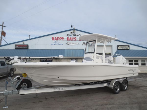 New Robalo 246 Cayman Bay Boat For Sale
