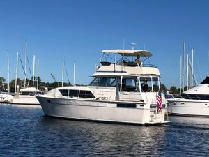 Used Chris Craft 410 Commander Motor Yacht For Sale