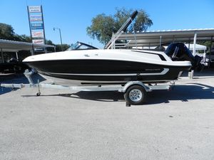 New Bayliner VR5 Pontoon Boat For Sale