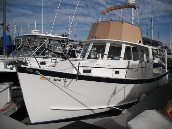 Used Ontario Yachts Trawler Boat For Sale