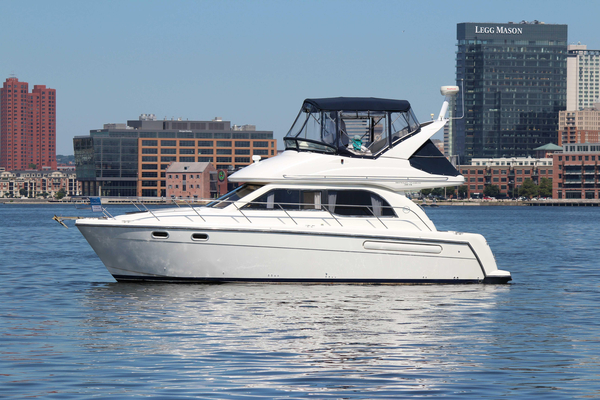 Used Bayliner 3488 Cummins Motoryacht Motor Yacht For Sale