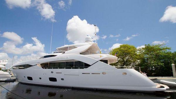 Used Sunseeker Sport Yacht Motor Yacht For Sale