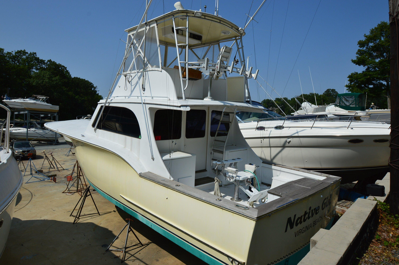 1998 used custom carolina capps boatworks 41 convertible for Used fishing boats for sale in md