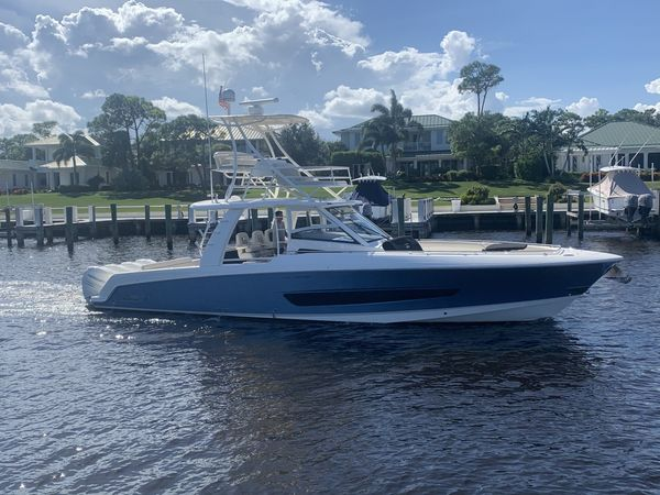 Used Boston Whaler 420 Outrage Sports Fishing Boat For Sale