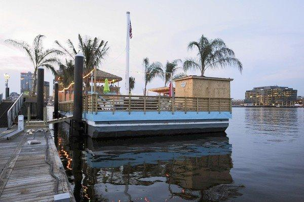 how to build a tiki barge