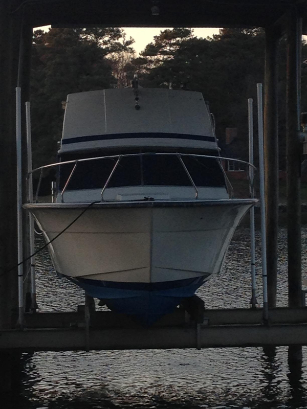 Used Chris Craft Commander Flybridge Boat For Sale