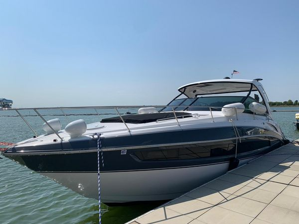 Used Cruisers Yachts 38 Express Cruiser Boat For Sale
