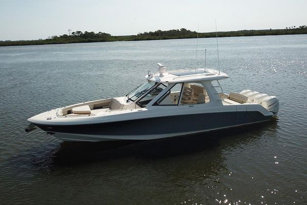 New Boston Whaler 380 Realm Express Cruiser Boat For Sale