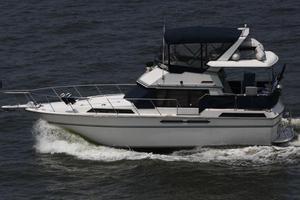 Used President 37 DCMY Flybridge Boat For Sale