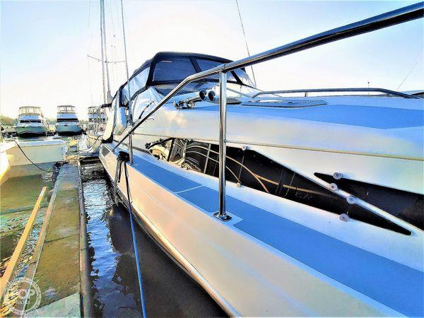 Used Bayliner 3555 Avanti Express Cruiser Boat For Sale