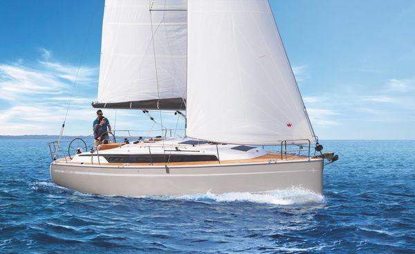 New Bavaria CR34 Cruiser Sailboat For Sale