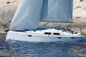 Used Hanse 415 Cruiser Sailboat For Sale