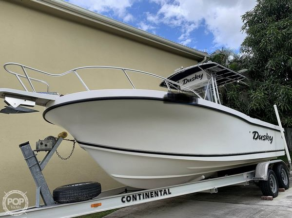 Used Dusky Marine 233 FAC Center Console Fishing Boat For Sale
