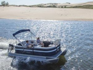 New Crest Classic LX 220 SLS Pontoon Boat For Sale