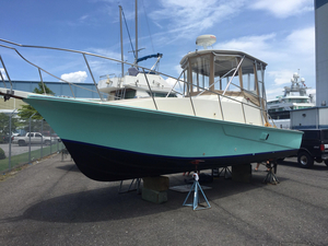 Used Custom Carolina 31 Express Saltwater Fishing Boat For Sale