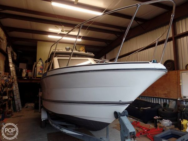 Used Bayliner 2452 Cabin Express Cruiser Boat For Sale