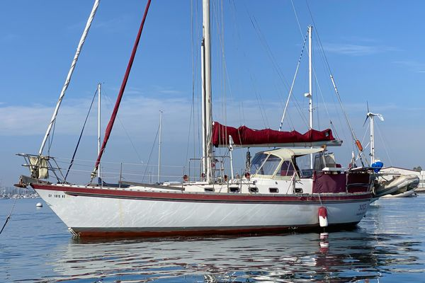 Used Tayana Vancouver 42 Cruiser Sailboat For Sale