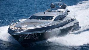 Used Mangusta Overmarine Motor Yacht For Sale