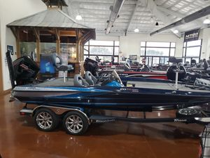 New Triton 20TRX Patriot w/250LPXS4 Bass Boat For Sale