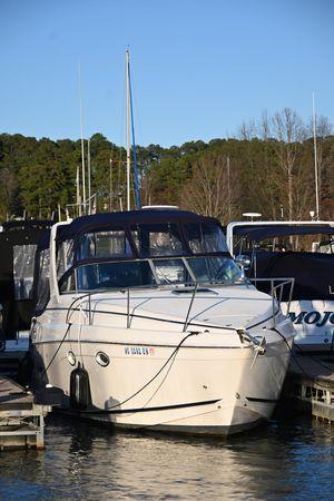 Used Rinker 270 Fiesta Vee Cruiser Boat For Sale