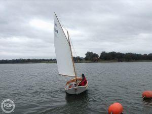 Used Herreshoff 12 1/2 Doughdish Daysailer Sailboat For Sale