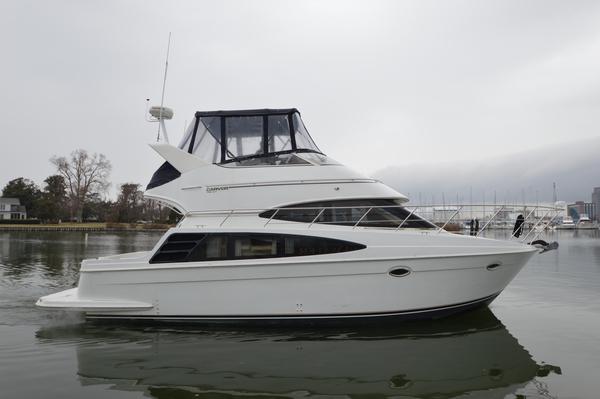 Used Carver 360 Sport Sedan Motor Yacht For Sale