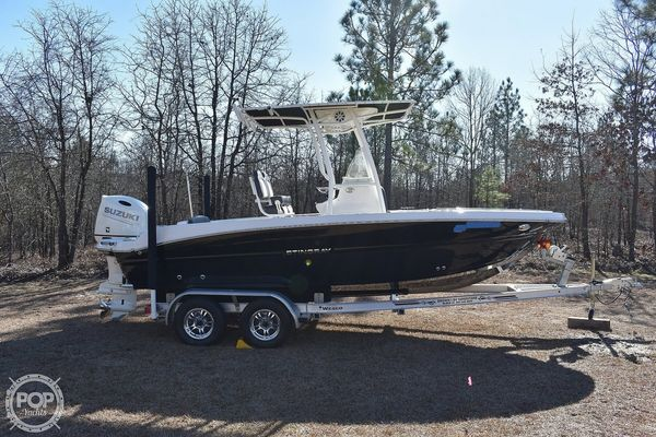 Used Stingray 216CC Center Console Fishing Boat For Sale