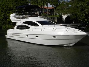 Used Azimut 42 Motor Yacht For Sale
