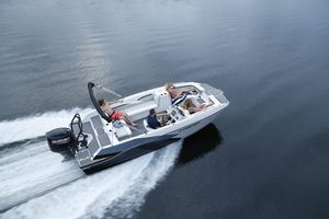 New Starcraft SVX 211 OB Deck Boat For Sale