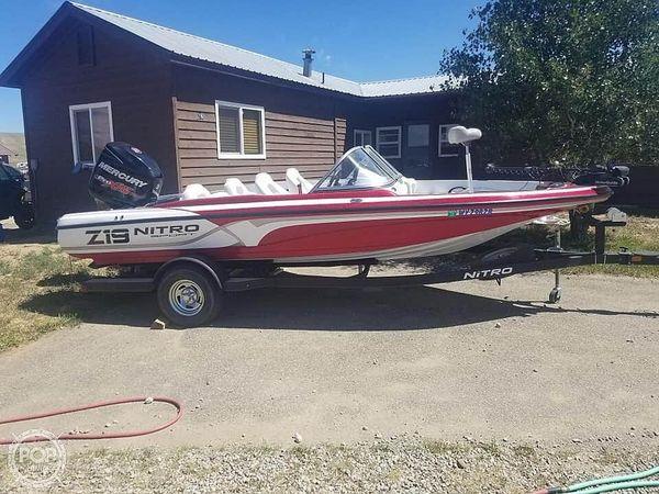 Used Nitro Z19 Sport Bowrider Boat For Sale