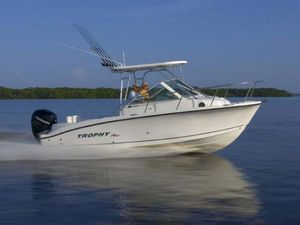 Used Trophy Pro 2302WA Saltwater Fishing Boat For Sale