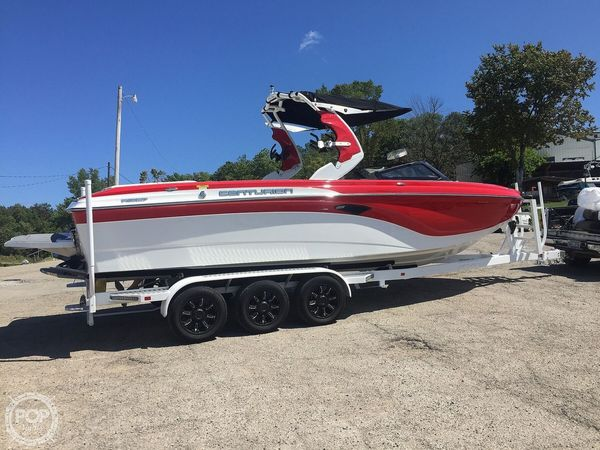 Used Centurion Ri257 Ski and Wakeboard Boat For Sale