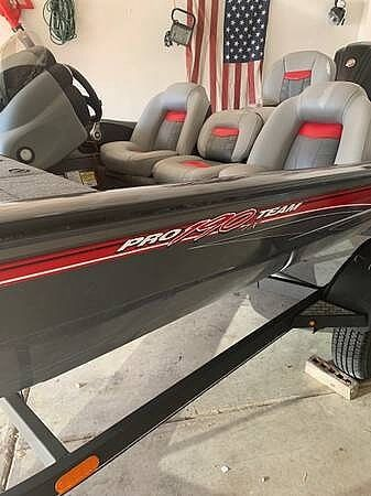 Used Tracker Team 190 TX Bass Boat For Sale