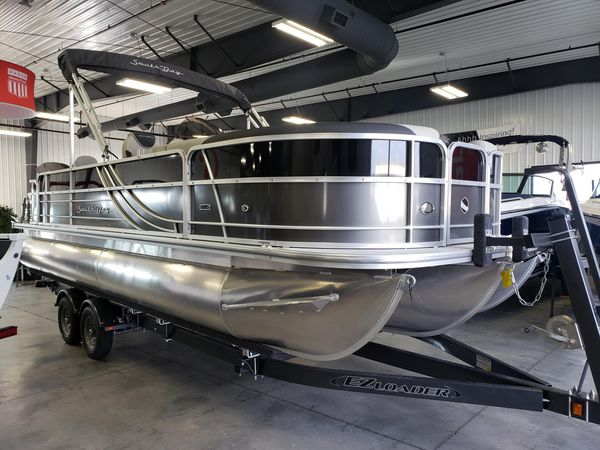 New South Bay 224FCR LE 2.75 Pontoon Boat For Sale