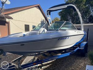 Used Sanger V215S Ski and Wakeboard Boat For Sale