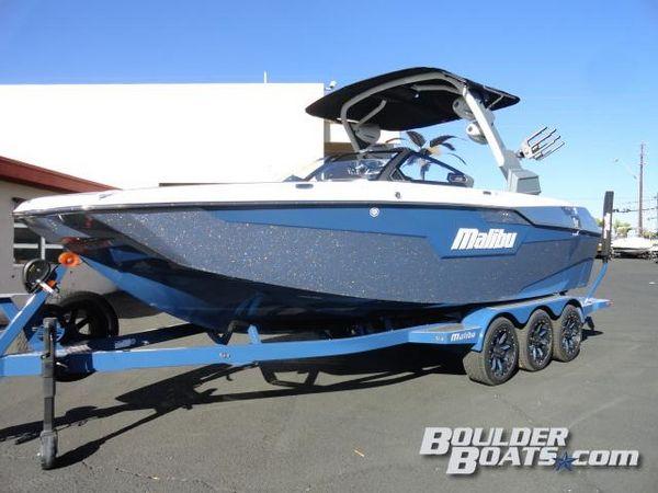 New Malibu M240 Ski and Wakeboard Boat For Sale