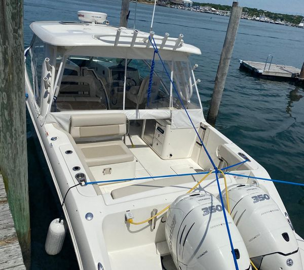 Used Boston Whaler 320 Vantage Cruiser Boat For Sale