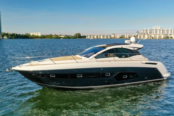 Used Azimut 43 Motor Yacht For Sale