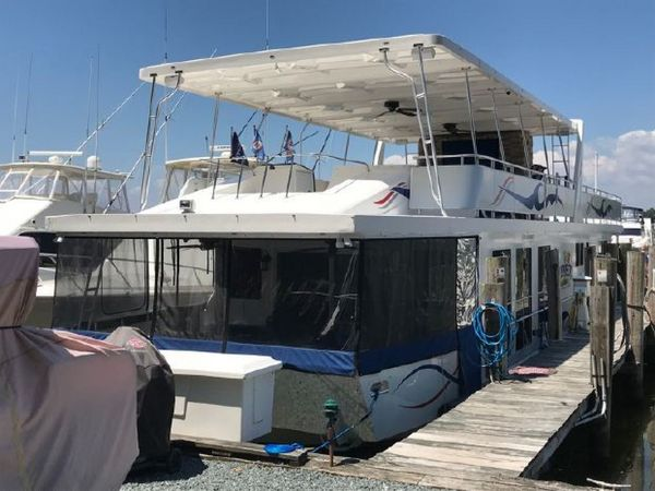 Used Sumerset D6 House Boat For Sale
