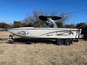 Used Tige Z Series Z3 Ski and Wakeboard Boat For Sale