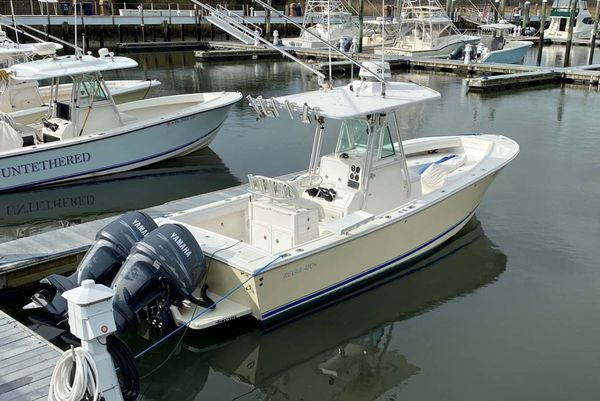 Used Regulator FS Center Console Fishing Boat For Sale