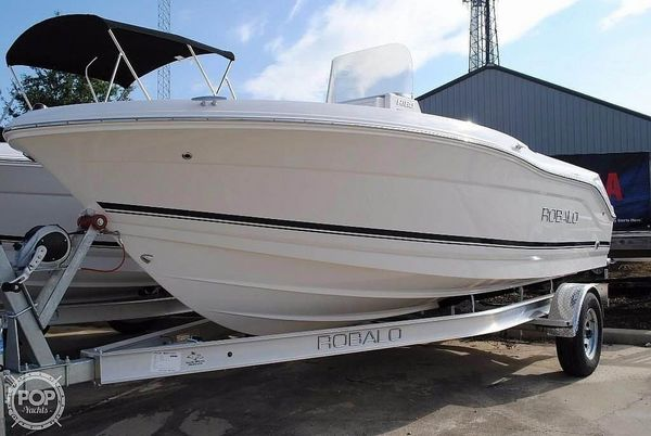 Used Robalo R180 CC Center Console Fishing Boat For Sale