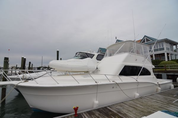 Used Cavileer Convertible Fishing Boat For Sale