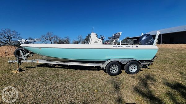 Used Skeeter SX2250 Center Console Fishing Boat For Sale