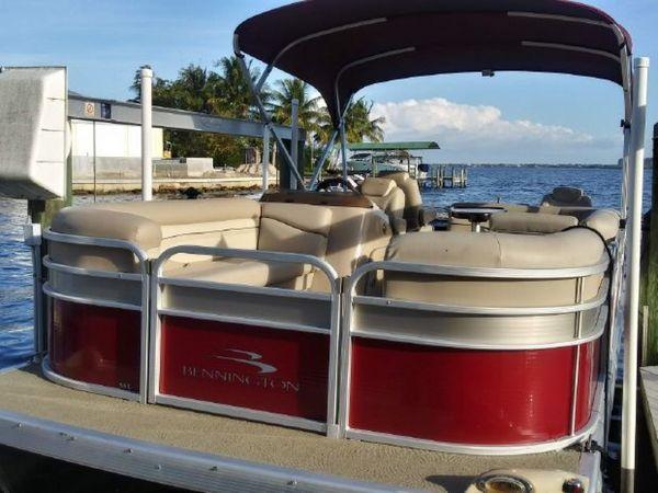 Used Bennington 22 SSX Cruiser Boat For Sale
