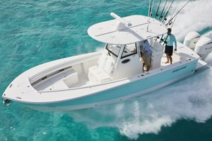 New Regulator 28 Center Console Fishing Boat For Sale