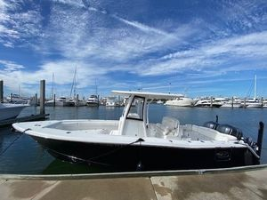 Used Sea Hunt Ultra 275 SE Center Console Fishing Boat For Sale