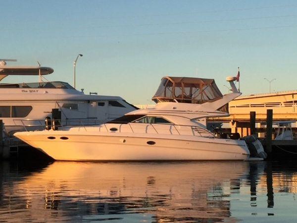 Used Sea Ray Sedan Bridge Cruiser Boat For Sale