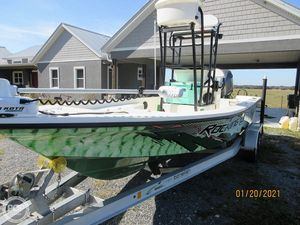 Used Bonefish Hill Tide 22 Bay Boat For Sale